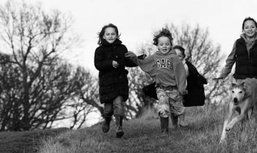 10 Must-Do Outdoor Autumn Activities for Kids
