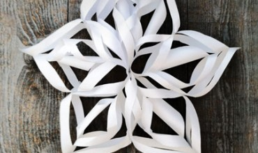 Super-Simple Gigantic 3D Snowflake Tutorial