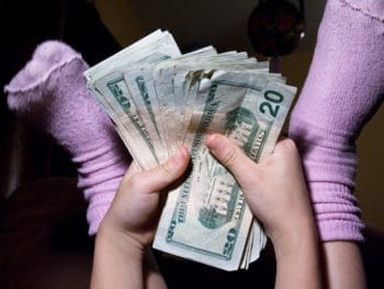 Should allowance be tied to chores? *Great comments from parents