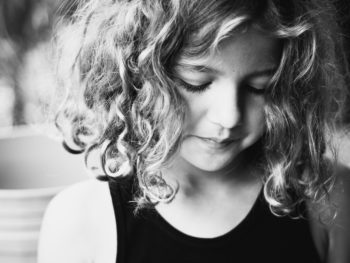 Artistic Portraits of Kids *these tips are so simple. love.
