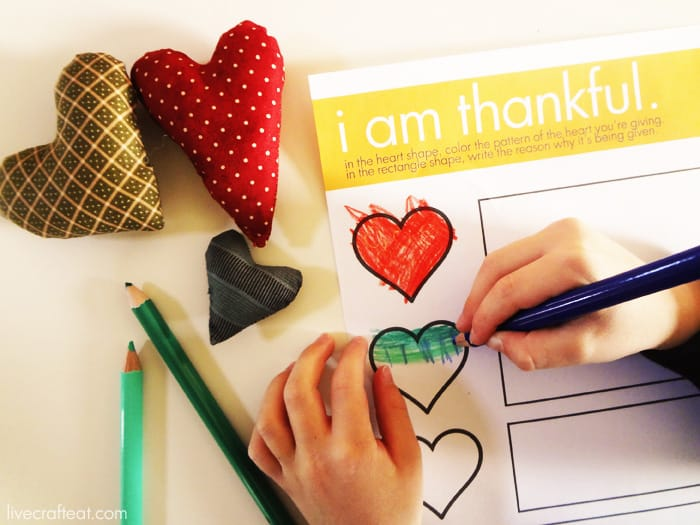 a thankful heart :: a thanksgiving activity for kids