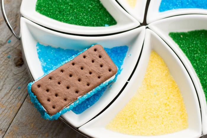 Super Bowl Dessert Recipe: Team Spirit Ice-Cream Sandwiches