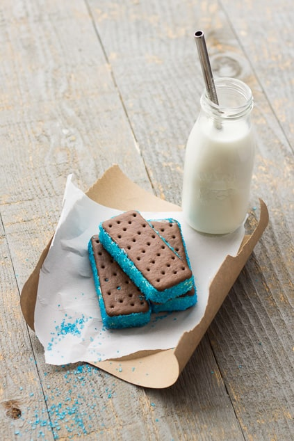 Super Bowl Dessert Recipe: Team Spirit Ice-Cream Sandwiches *Perfect for Packers fans