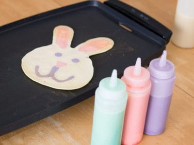 Easter Pancake Art *These video tutorials are awesome. So simple.