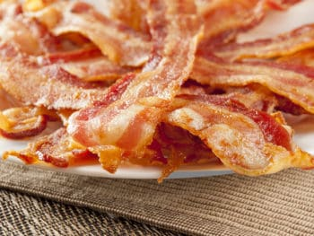 Kitchen Hack: How to Cook Bacon Perfectly Every Time *This is so simple and brilliant.