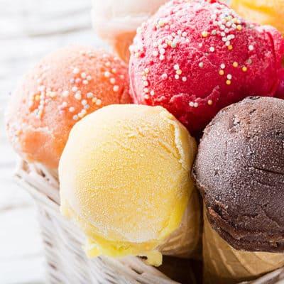GIVEAWAY: Rockin' Red Cuisinart Ice-Cream Maker