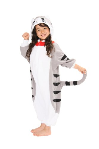 Children's Halloween costumes that your kids can wear coats under for cold weather trick-or-treating *Love this cat costume