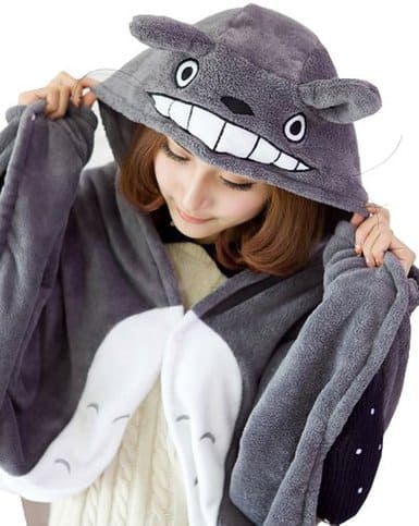 Children's Halloween costumes that your kids can wear coats under for cold weather trick-or-treating *Love this Totoro cape.