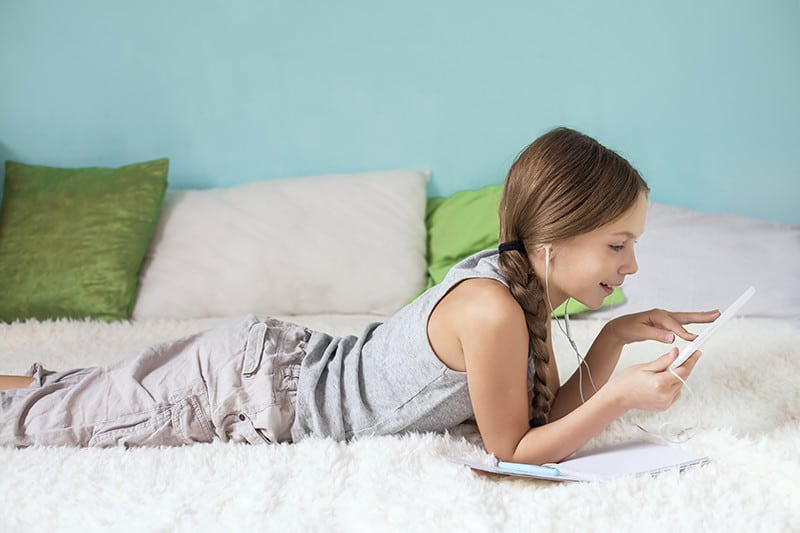 Social Media & Kids: How Young is Too Young? *Interesting post for parents of tweens