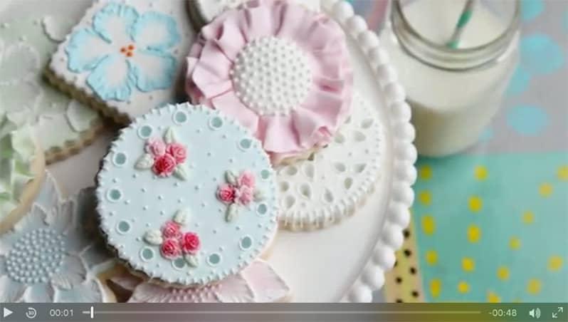 Decorating Essentials: Designer Cookies class via Craftsy