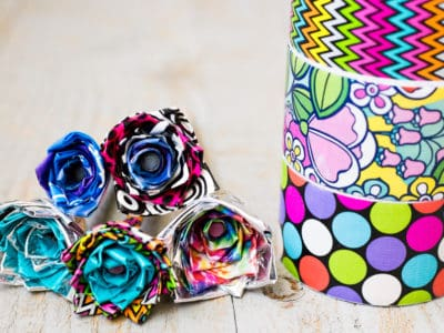 DIY Duct Tape Flower Pens — An Easy Video Tutorial for Kids by Kids *I never knew this was so simple. Saving this for the kids to do.