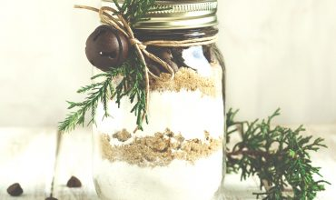 7 Mason Jar Gifts That Are Perfect for Christmas