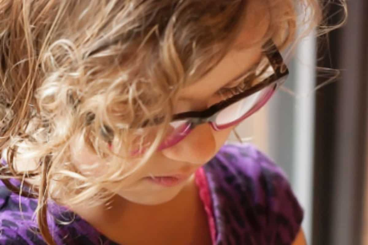 A letter to mom of little girls -- small moments matter *This is a must-read for parents.