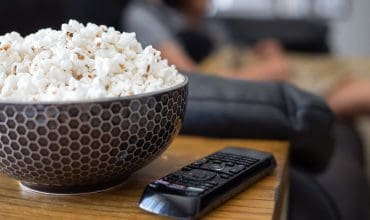 How to Have the BEST Family Movie Night EVER (+5 Sweet Popcorn Recipes!)
