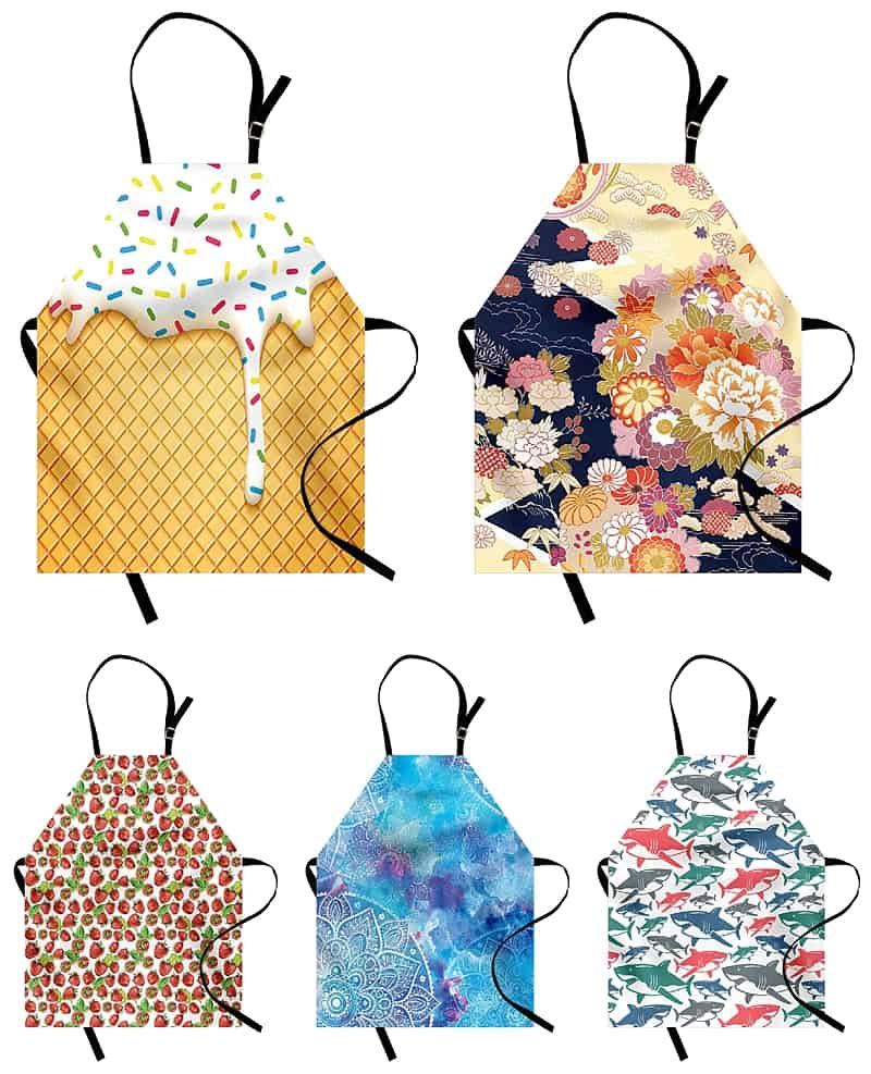 Grandparent Gift Guide: Gifts That Will Bring You Together in the Kitchen - Presents that go above and beyond and include presence too. #giftideas #christmas #presents *Loving this post with kitchen focused gift ideas for little foodies, from toddlers to teens. These aprons are adorable. Such great ideas for the holidays!